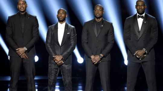 2016-espy-awards-brings-somber-moment-from-lebron-james-images